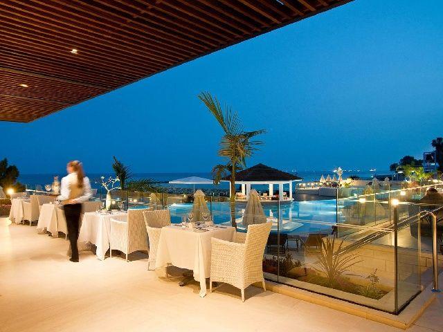 Traveliada.pl - wakacje w hotelu Royal Apollonia Beach (Limassol) - Cypr