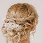 Acconciatura sposa con capelli lunghi mossi - Lei Trendy