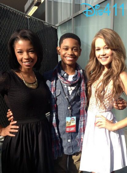 kelli berglund and tyrel jackson williams kiss www