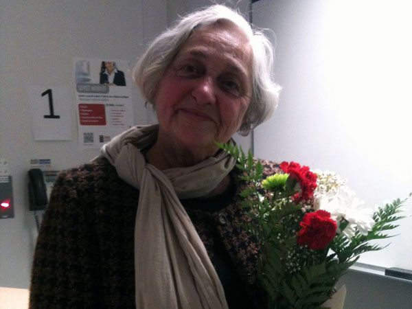 Andrée Ferretti joint le Rassemblement pour l'Indépendance Nationale (RIN) en 1963, à 14 ans, accompagnée de ses deux sœurs, elle cognait déjà aux portes des Québécois et Québécoises pour les inciter à ne pas acheter de télévision avant qu'il y ait un poste en français.