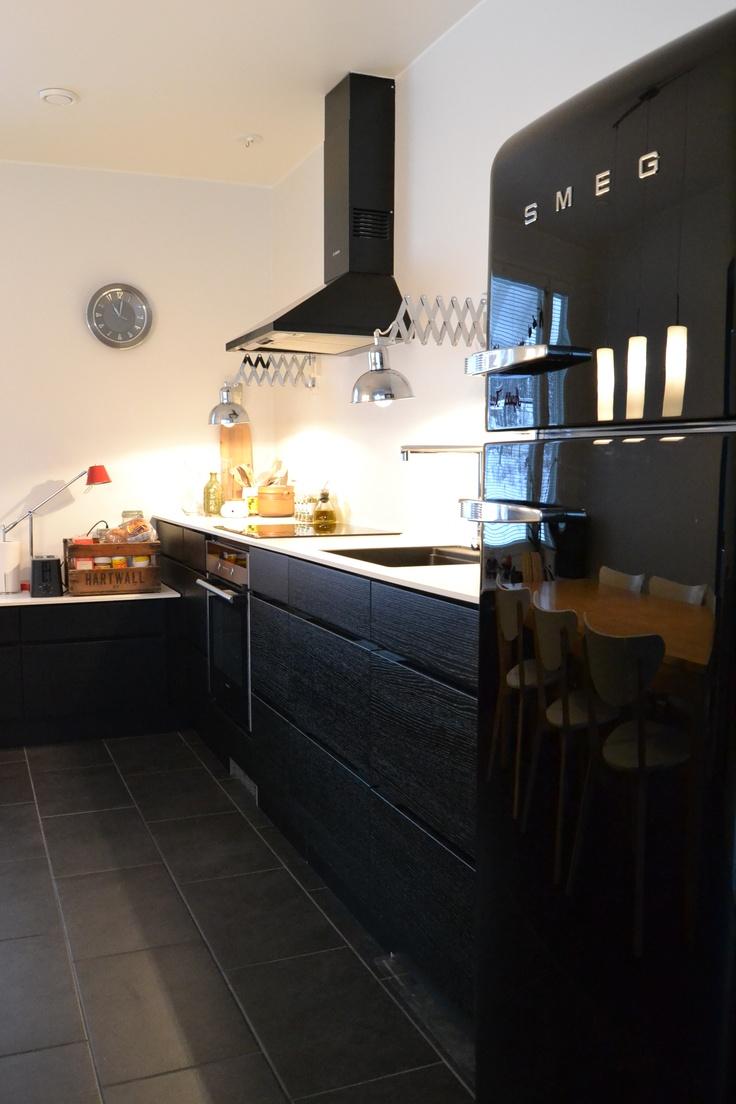 De Kvik-keuken, maar in't zwart: Mano black