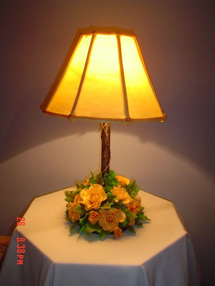 Lampara de porcelana fria porcelana fria pinterest for Lamparas y plafones de pared