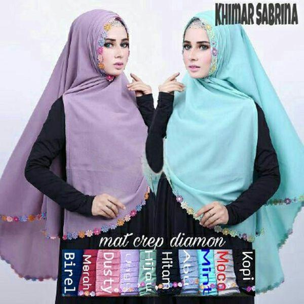 Jilbab Syar'i Khimar Sabrina Model Terbaru 2017 : panjang sesuai gambar (panjang depan dari dagu 70 cm, panjang belakang dari kening 115 cm), renda sesuai