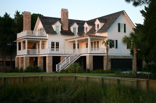 Lovely Low Country House. I want to live in this house! Huge front porch, pool, those cute windows, uhhhh in love!!