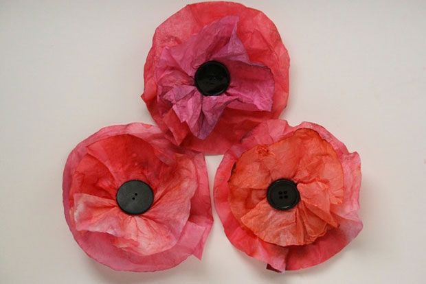 Coffee Filter Poppies - Happy Hooligans for CBC Parents. Wouldn't a whole wall full of these look cool?