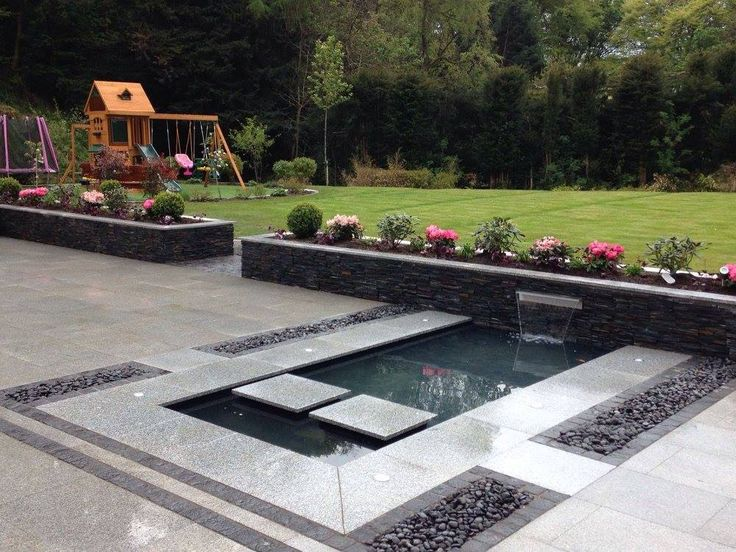 Contemporary Garden In Newton Mearns Glasgow With Silver 400 x 300