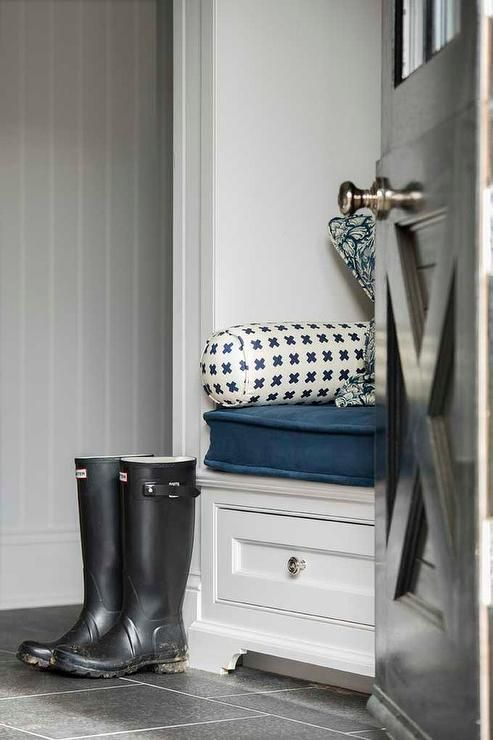 White and blue mudroom