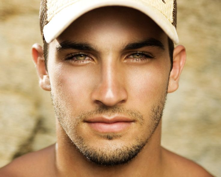 HIS. EYES. Bruno Bevan, Brazilian. - Dunno who he is but he has my last name