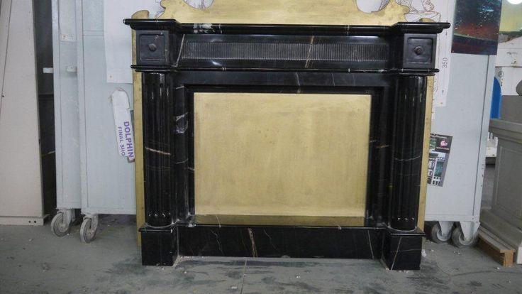 Caminetto in marmo - http://www.achillegrassi.com/project/caminetto-in-marmo-nero-marquina-con-pannello-in-pietra-bianca-di-vicenza-colorata-oro/ - Caminetto in Marmo Nero Marquina con pannello in Pietra bianca di Vicenza colorata oro Dimensioni:  163cm x 152cm(H) x 36cm