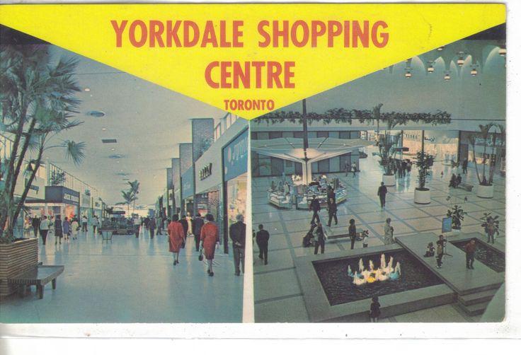 Interior-Yorkdale Shopping Centre -Tornto, Ontario, Canada