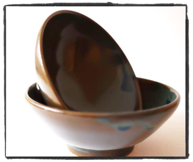 set of shallow tea bowls