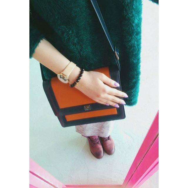 Miejska moda - #oryginalność i #styl.  #Bering #fashion #city #miasto #miejskamoda #kolory #colours #watch #zegarek #butiki #swiss #butikiswiss #dlaniej