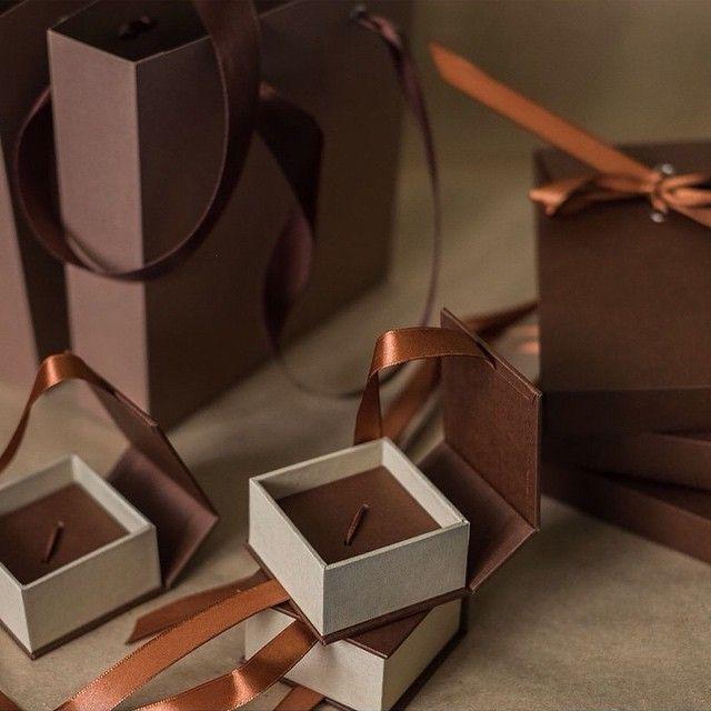 Set Packing: tight package of design paper with eyelets and ribbons, boxes for flash drives, volume envelopes for photos #yarboxpack #упаковкадляфото #упаковкадлявидео #упаковка #персонализация #ручнаяработа #крафт #фирменнаяупаковка #usb #usbbox #dvdbox #packaging #pack #фотограф #photographer #товарыдляфотографа #товарыдлявидеографа #фирменныйстиль #красноярск #свадьбинг #фотограф #коробочка #пакеты #brand #branding #brandnamе #weddings #wedding #wed #boxes #box #handmade #фото #weddingday…