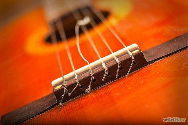 De #Músicos para Músicos: Cómo cambiar las #cuerdas de una #guitarra acústica