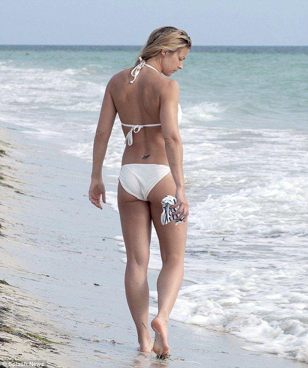 Mine olly girls bikini pics gradually