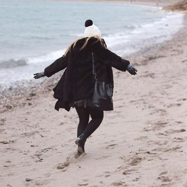 Making the most of a fleeting visit to Scotland #winterwalk #beach #scotland #fife #lovescotland #hogmanay #2016 #nrtravels #nicolaracheltravels #ootd #wiwt
