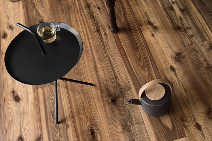 So lively, so natural! Get your own chalet feeling with Larch Vintage FLAME, brushed matt lacquered.
