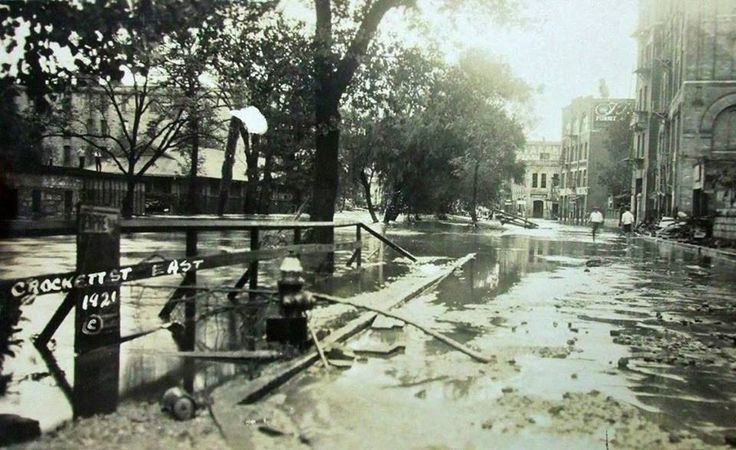 San Antonio, TX Sept 1921 - Crockett St. bridge after the devastating flood that killed 50 people. They almost paved over the San Antonio River as a flood control measure. Fortunately smarter minds prevailed and the River Walk construction began several years later.