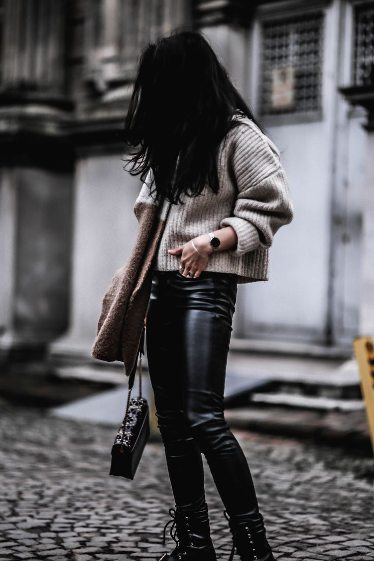 SWEATER WEATHER – Belle Melange chunky knit / faux leather pants / scarf