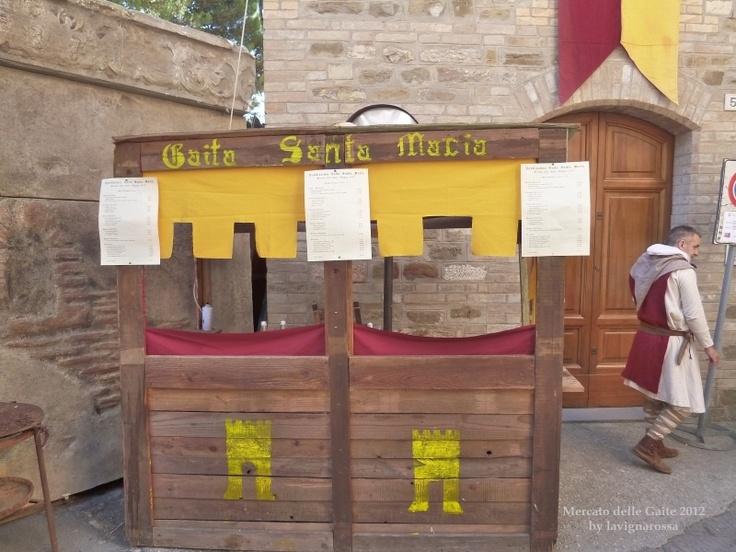 Bevagna -  Il Mercato delle Gaite - June 2012