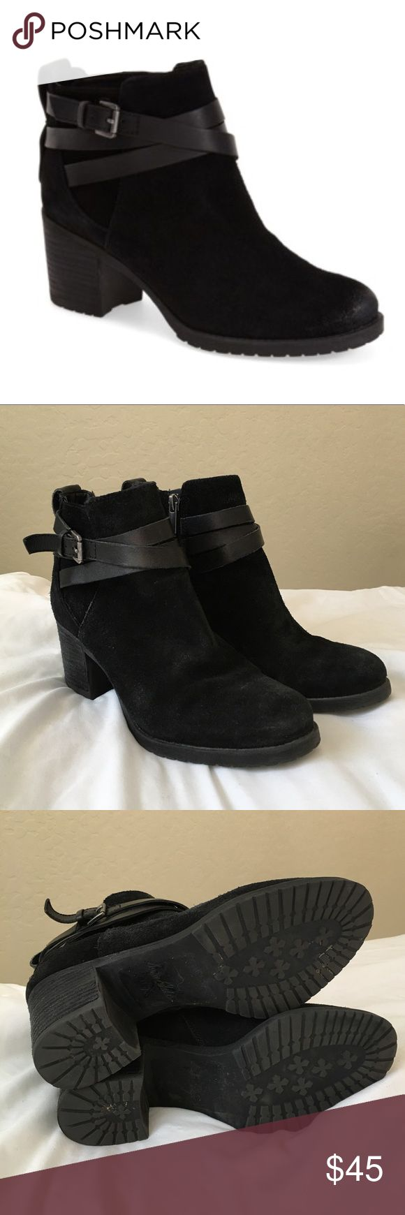 "Sam Edelman Hannah belted Chelsea Buckle Booties Excellent used condition Sam Edelman Hannah belted Chelsea style booties! These are super stylish and some refer to them as sam Edelmans ""motorcycle booties"". Black suede material. They have only been worn a couple of times and are in amazing condition! Get them at this hot price while you can! Let me know if you have any questions! Sam Edelman Shoes Ankle Boots & Booties"