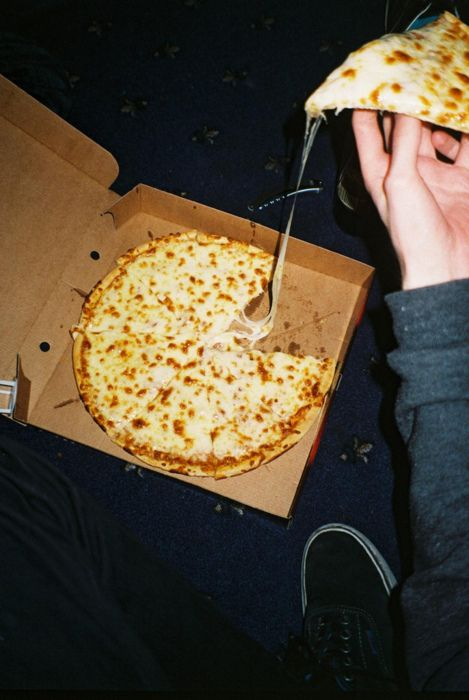 why eat regular meals when you can eat pizza late at night