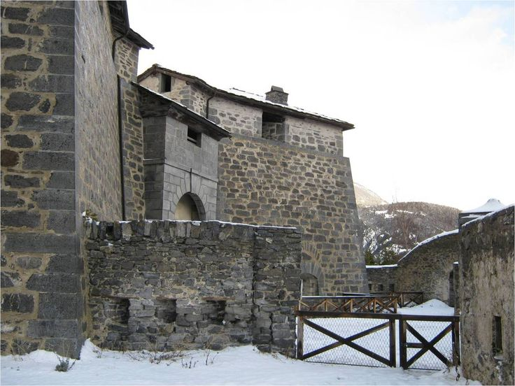 Dans le Fort Marie-Christine...