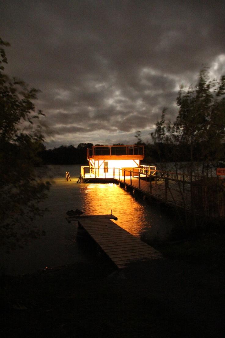 Cabane flottante séminaire by Nid Perché