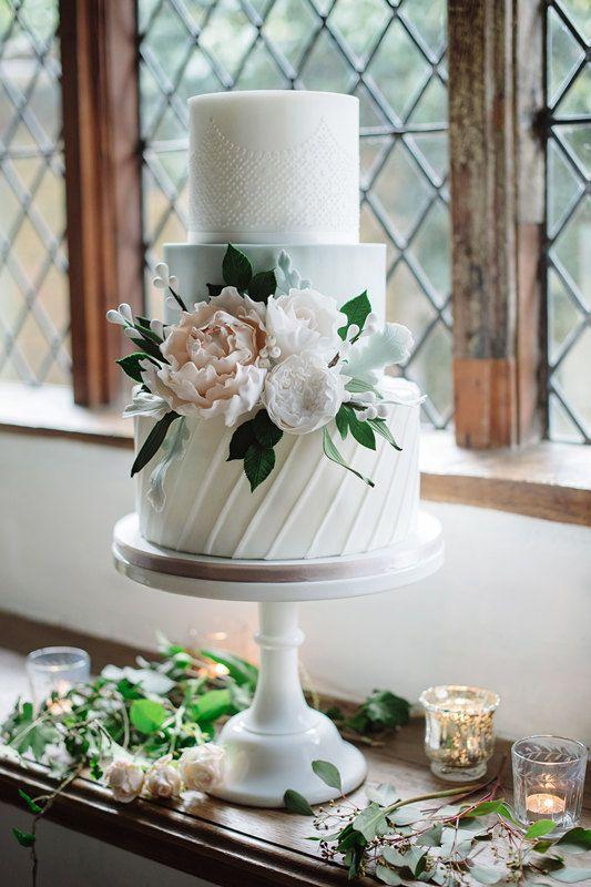 47 fabelhafte Blumenhochzeitstorten für jede Hochzeit   – Blumen, Torten, Schmuck für Hochzeit