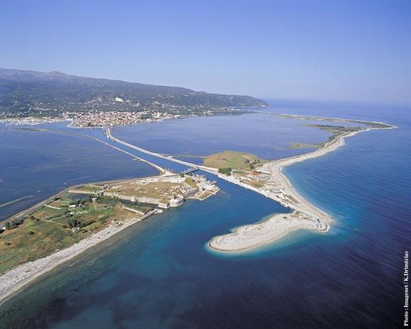 Η είσοδος του νησιού της Λευκάδας