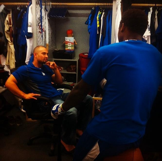 Victorino and Hanley Ramirez doing some chatting: Dodgers, Boys