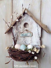 Pasqua, Easter Bird House con nido realizzata con materiali naturali in stile Shabby
