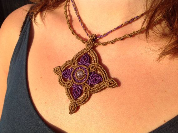Macrame necklace Occitane with amethyst, semi precious stones