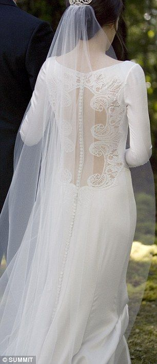 Look familiar? The buttons on Bella Swan's gown are very similar to those which Pippa Middleton wore on her bridesmaid's for the Royal Wedding in April
