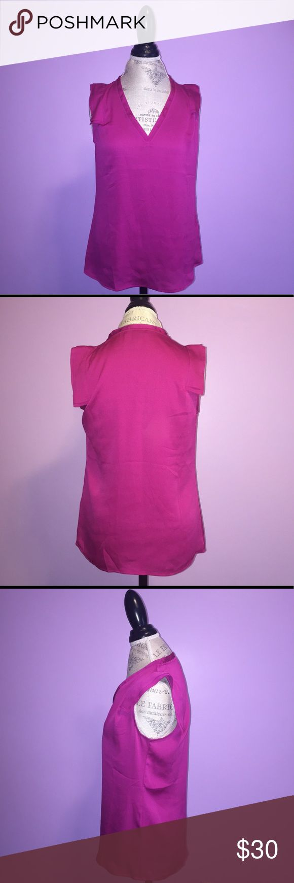 Banana Republic Top Banana Republic shell top in purple. Lightweight and perfect for spring and summer. Can be dressed up for the office or casual for the weekends. Banana Republic Tops