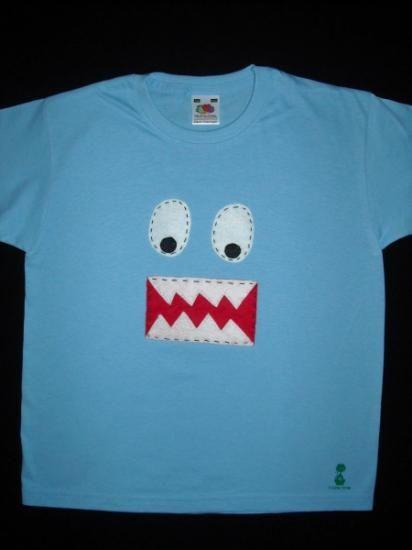 camiseta decorada con fieltro camiseta fieltro cosido a mano