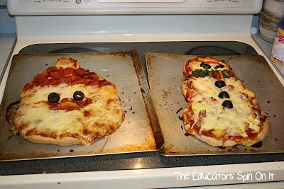 Christmas pizza, this might be fun to do with my girls and my niece on christmas eve!