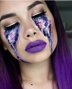 Galaxy purple eye makeup. Awesome and unique idea for Halloween!