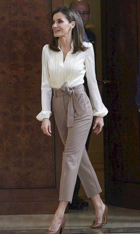 Best Summer Outfits Work Office Wear for Women – Fashion and Lifestyle #women'sf…