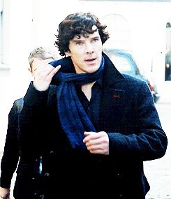 You wear and remove your scarf like Sherlock.