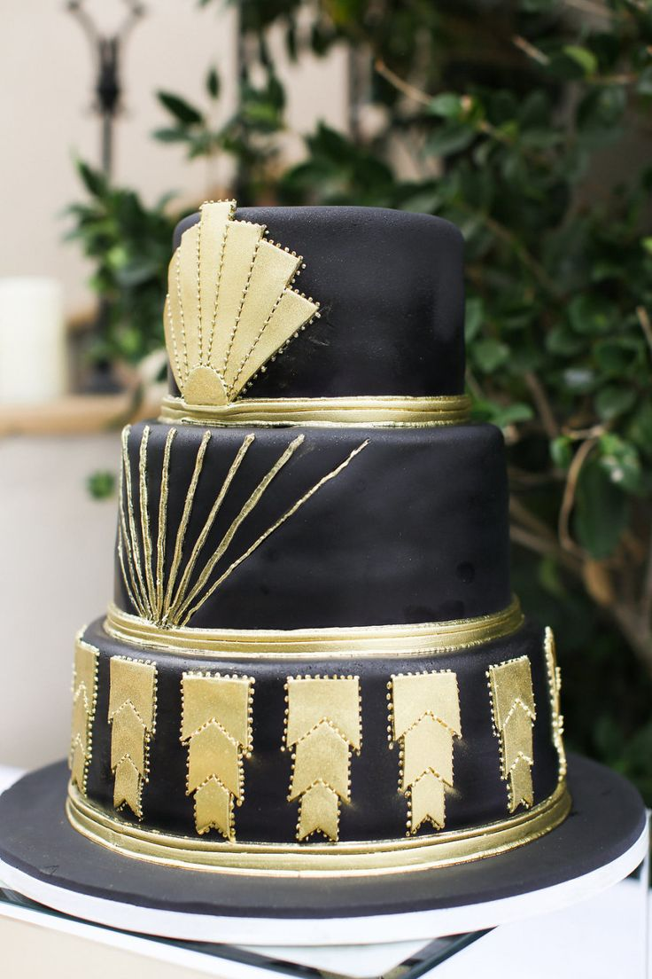 wedding cakes los angeles prices%0A MODERN MEETS OLD HOLLYWOOD WEDDING IN DOWNTOWN LOS ANGELES