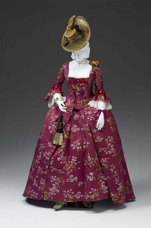 Robe a la Francaise, 1770-1780