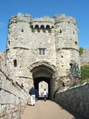 Carisbrooke Castle, Isle of Wight, UK  As I was a Newport girl, this was a regular sight.