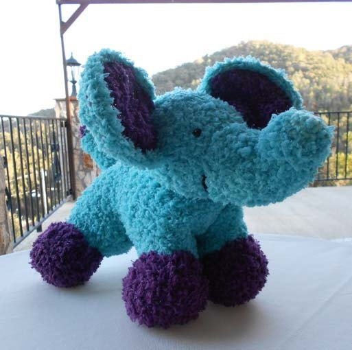 Free Crochet Patterns For Pillow Pets : 24 best images about Crochet pillow pets on Pinterest