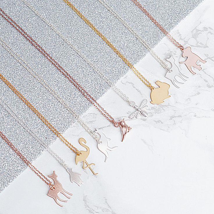 BIŻUTERIA Z MOTYWEM ZWIERZĄT  >>> https://laoni.pl/bizuteria-z-motywem-zwierzat #prezent #zima #biżuteria #zwierzęta #naszyjniki #bransoletki