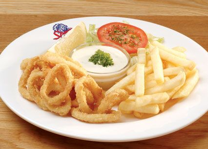Calamari. Lightly dusted, flash-fried calamari rings, served with seasoned rice or chips at Spur Steak Ranches | http://www.spur.co.za/menu/starters