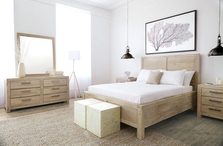 Hampton Chic Bedroom Decor