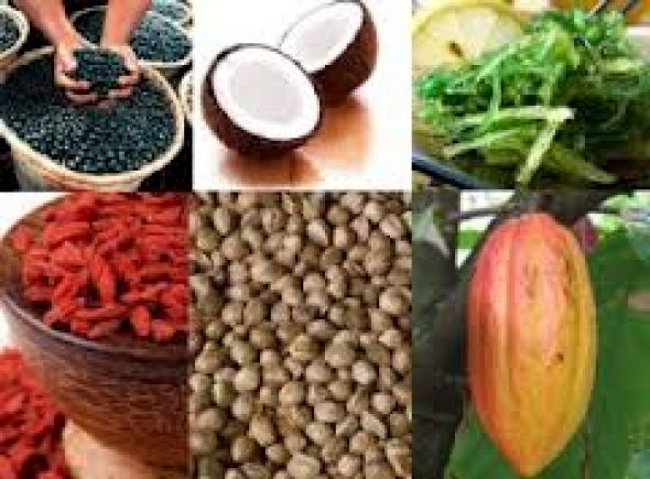 Τι πρέπει να τρώμε ανά ηλικία για καλό σώμα και υγεία