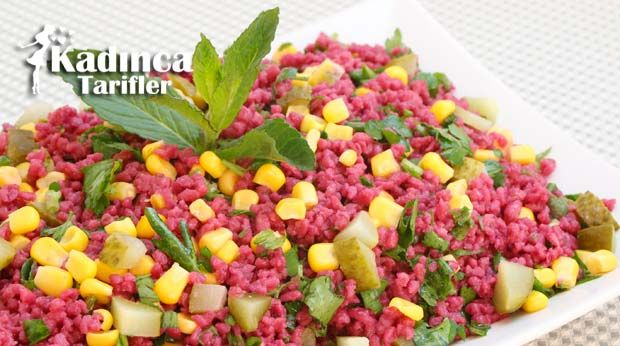 Şalgamlı Bulgur Salatası nasıl yapılır? Şalgamlı Bulgur Salatası'nin malzemeleri, resimli anlatımı ve yapılışı için tıklayın. Yazar: Sümeyra Temel
