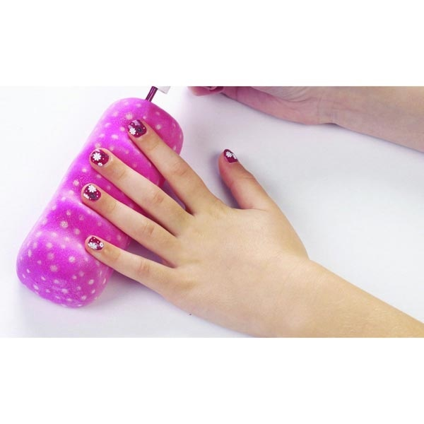 86 best kids nail salon images on Pinterest | Manicures, Nail salons ...